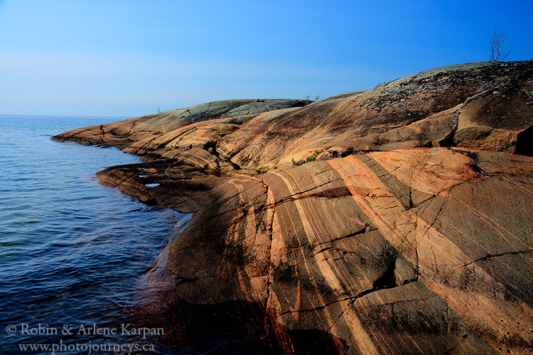 Rocky outcropping, north shore of Lake Athabasca, northern ...