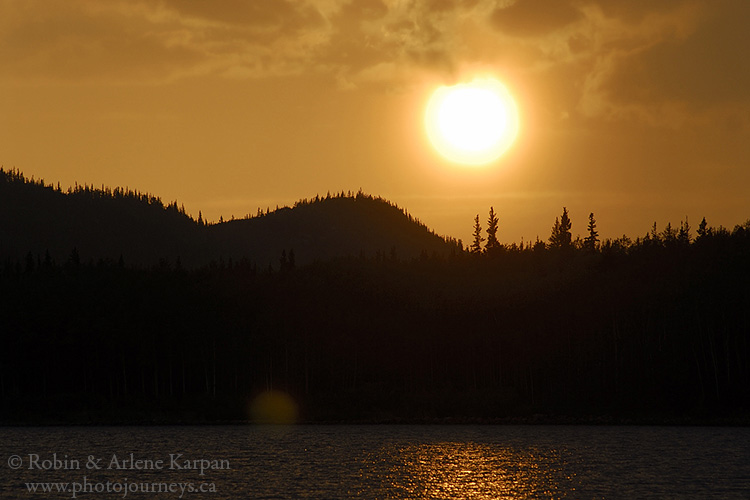 Sunset, MacIntosh bay, north shore, Lake Athabasca, Saskatchewan