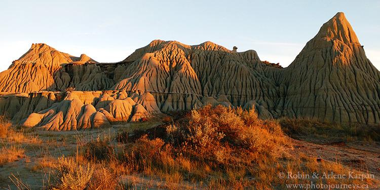 Dinosaur Provincial Park, Alberta.