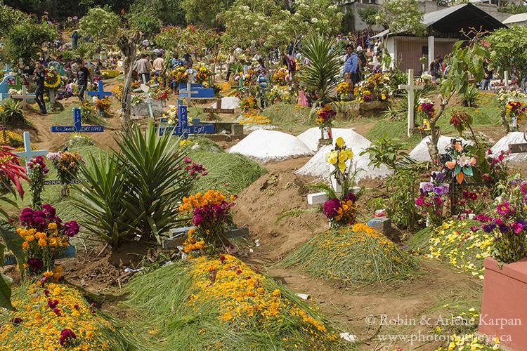 Sprucing up graves on November 1, Sumpongo, Guatemala